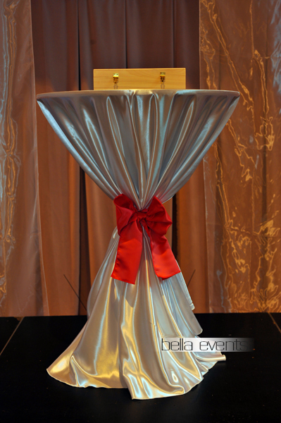 Table Rentals For Wedding Ceremonies And Receptions