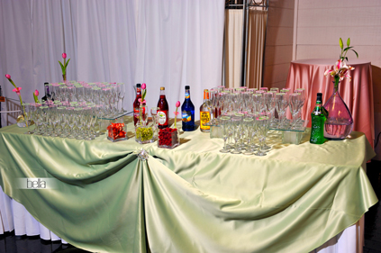 Champagne Station - 6568