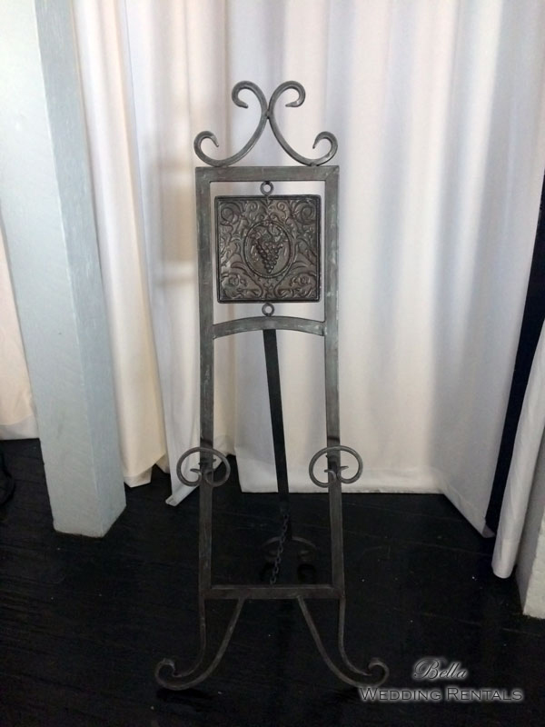 Easel Rental for bridal portrait