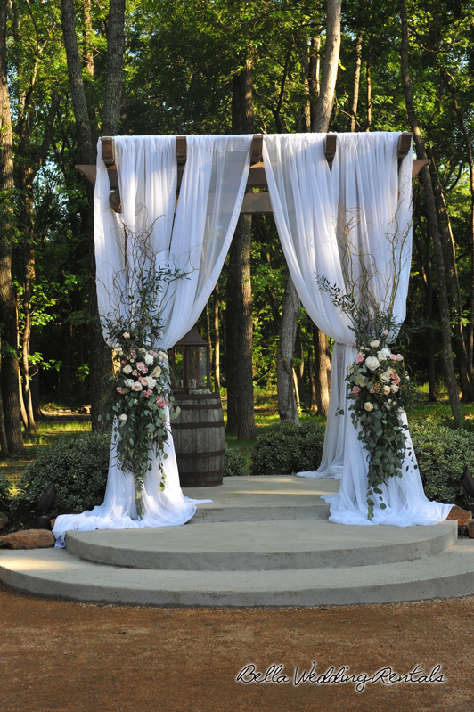 hidden_waters -wedding_day -301