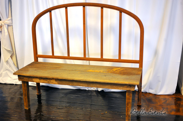 wrought_iron_&_wood_love_seat-3224-_wedding_rentals