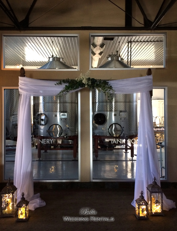 staging scenes - wedding services & rentals - 7639