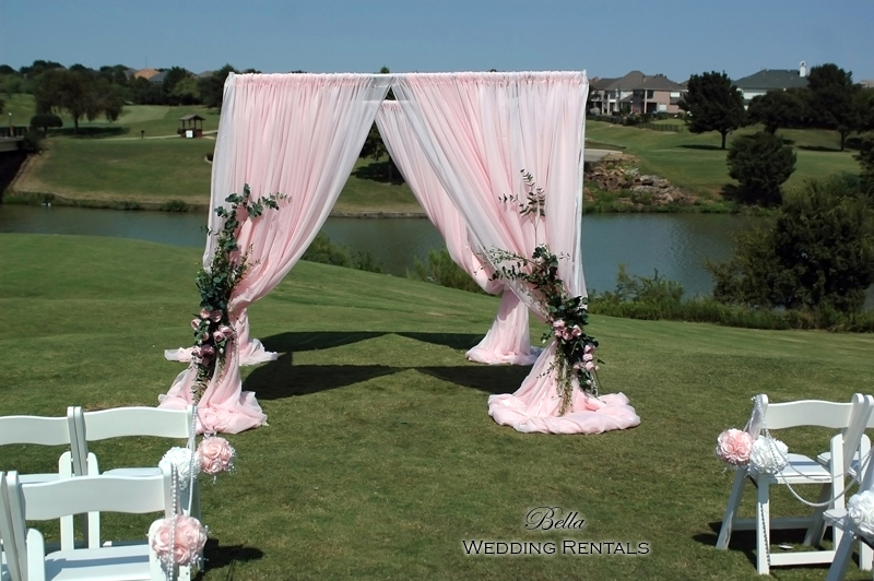 Staging-and-Decor--Country-Club-- 7803