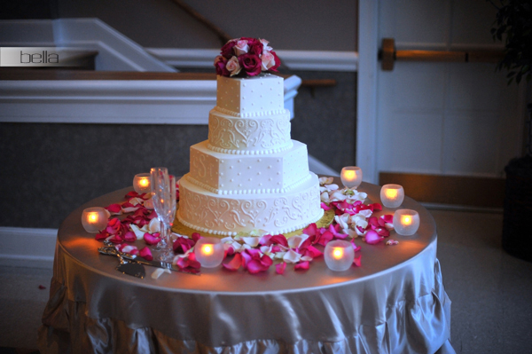 wedding cake table - wedding day - 2014