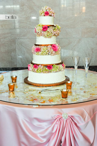 wedding cake table - wedding day - 2029