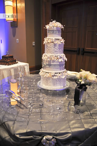 wedding cake table - wedding day - 2040