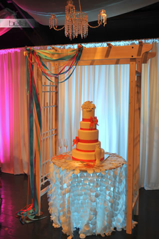 wedding cake table - wedding day - 2044