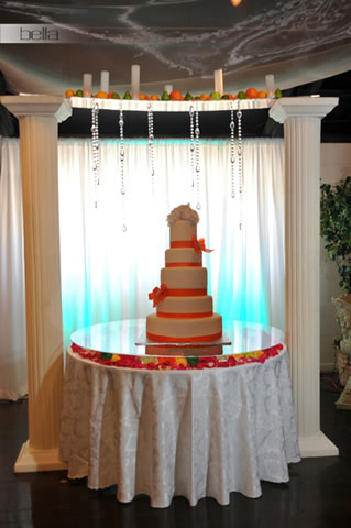 wedding cake table - wedding day - 2048