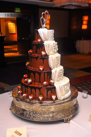 wedding cake table - wedding day - 2051