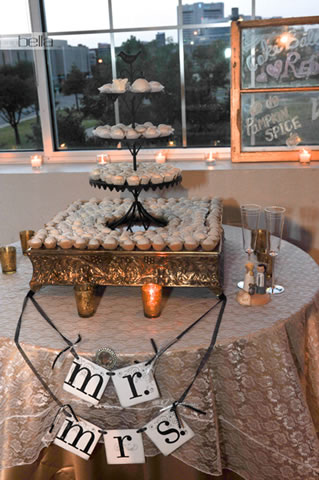 wedding cake table - wedding day - 2054
