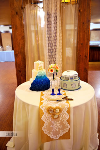wedding cake table - wedding day - 2055
