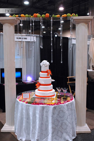 wedding cake table - wedding day - 2068