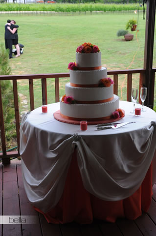 wedding cake table - wedding day - 2071