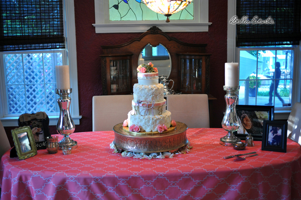 wedding cake table - wedding day - 2078