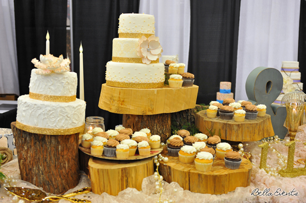 wedding cake table - wedding day - 2082