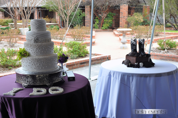 wedding cake table - wedding day - 2085