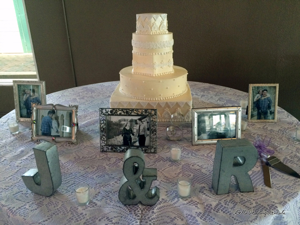 wedding cake table - wedding day - 2096