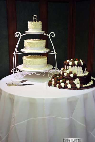 wedding cake table - wedding day - 2101