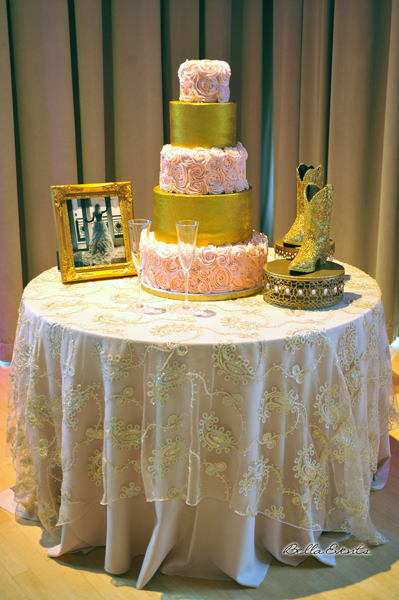 wedding cake table - wedding day - 2107